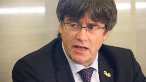 Puigdemont es burla de Llarena per enviar l'euroordre en castellà