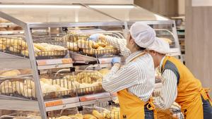 Secció de forn del nou model de botiga eficient que la companyia està implantant