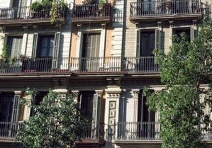 Un bloc de pisos a l'Eixample de Barcelona