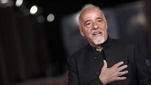 Una selección de citas célebres del escritor brasileño Paulo Coelho.