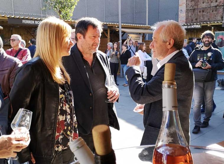 L'alcaldessa de Rubí Ana María Martínez, l'editor de Vadevi Salvador Cot i el Director de l'Incavi, Salvador Puig a la inauguració de la Fira de Rubí
