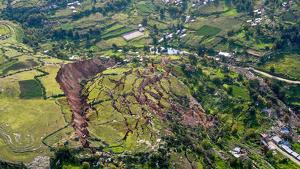El deslizamiento de una montaña destrozó la casa de una mujer en Asturias pero se salvó por dormir en otra vivienda