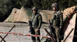 Does efectius de l'Exèrcit Espanyol armat durant un operatiu el 12 de desembre del 2017