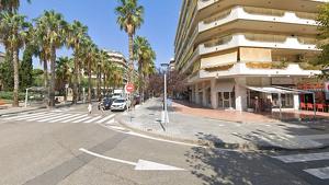 Els robatoris es van produir en tres establiments del carrer Ciutat de Reus i Via Roma