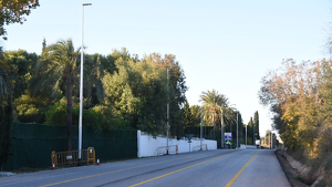 En total, s'han instal·lat disset punts de llum en el tram que va del pont de Clarà a la rotonda de les Àmfores.
