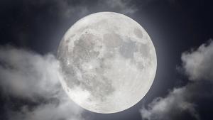 Imatge de la Lluna plena més preciosa captada mai abans
