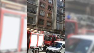 Imatge de l'incendi al carrer de l'Alguer de Tarragona