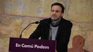 Imatge del candidat d'En Comú Podem al Congrés, Jaume Asens, durant el míting central de la formació a Tarragona