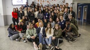 Imatge dels alumnes de l'institut Campclar i d'arreu d'Europa que han participat en el programa Erasmus Plus.