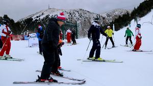 Imatge dels primers esquiadors a la Masella aquest dimecres
