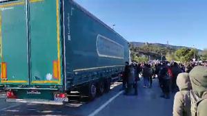 Intent atropellament camió N-II