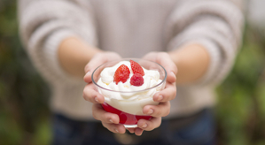 La gelatina sorpresa de l'Anna està elaborada amb iogurts de Llet Nostra