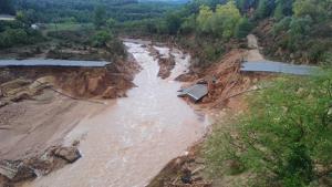 La riuada ha fet desapraèixer dos ponts a Vimbodí i Poblet.