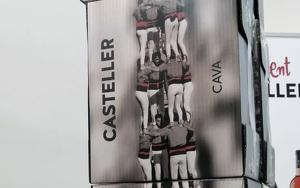 Les caixes del cava Casteller formen un 4 de 9 sense folre