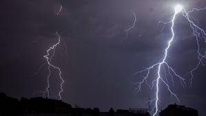 Les pluges poden deixar tempestes fortes en alguns punts fins la matinada de dissabte
