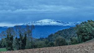 Montseny nevat vist des del Moianès