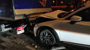 Topada entre un cotxe i un camió
