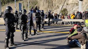 Torra assegura que no hi haurà càrregues policials a La Jonquera