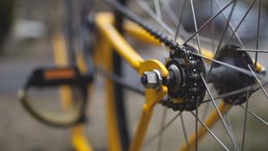 Un ciclista ferit en un accident en el que s'han vist implicats huit cotxes més