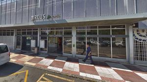 Un grup agredeix tres vigilants de l'estació de tren de Reus