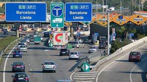 Un tram amb peatges de l'autopista AP-7 que va de Barcelona a Lleida.
