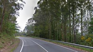 Una mujer ha resultado herida grave en un accidente múltiple en la carretera que une Noia y porto do Son