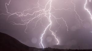 Una tormenta en una zona desértica de Pakistán ha provocado la muerte de al menos 27 personas, entre ellos niños y mujeres
