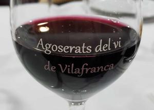 Agoserats del vi, una associació molt dinàmica nascuda a Vilfranca que no renuncia a gaudir d'una bona copa de vi