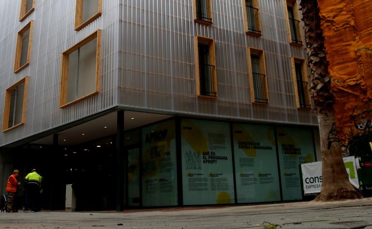Pla general exterior de l'edifici APROP al Gòtic