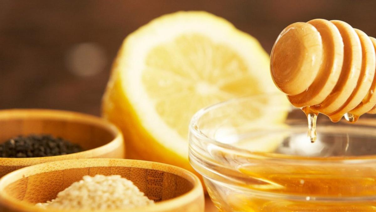 Els 6 remeis naturals que t'ajudaran a fer passar el refredat