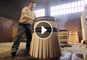 Com es fabrica una bóta de vi
