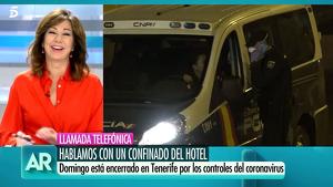 Fotograma de 'El programa de Ana Rosa' durante la entrevista de Domingo, persona confinada en el Hotel de Tenerife, 26/02/2020