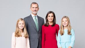 Los Reyes y sus hijas en las nuevas fotografías oficiales