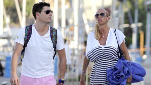 Belén Esteban i Fran Álvarez passejant pels carrers de Menorca (27-08-12)