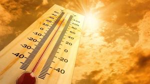 Imatge d'un termòmetre molt amunt per la calor
