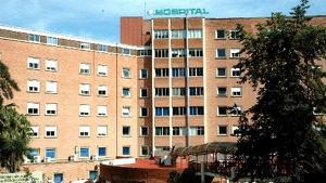 Imagen de la fachada exterior del Hospital de Jaén