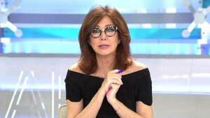 Ana Rosa Quintana en el plató de 'El programa de Ana Rosa'