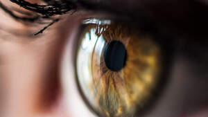 Imagen en primer plano de un ojo