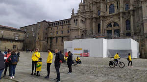 Catedral de Santiago a la llegada del joven con parálisis cerebral