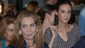 La infanta Elena y Victoria Federica en el Teatro Real