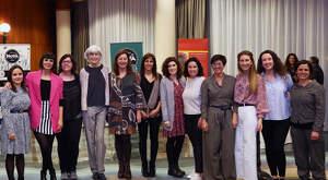 Les dones del vi de Mallorca amb la presidenta del Govern, Francina Armengol
