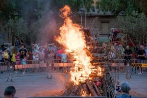Arribada del Foc del Canigó i Sant Joan a Reus
