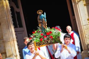 Processó del Pa Beneït a Roda de Berà