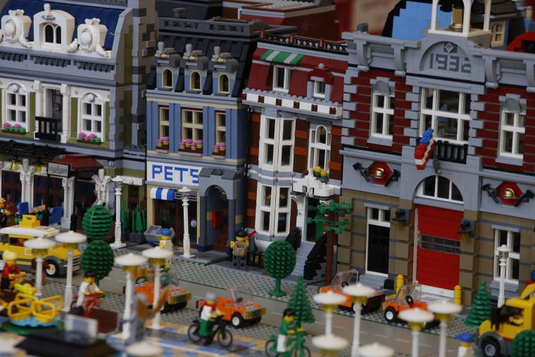 Trobada a Terrassa d'aficionats a Lego