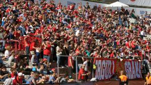 Quasi 10.000 espectadors han gaudit des de la graderia de la catorzena victòria de la temporada.