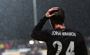 Jorge Miramón lamenta una ocasió fallada