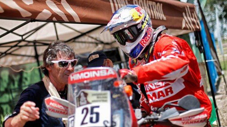 Iván Cervantes en un punt de control del Dakar 2017