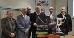 Foto de família de l'acte de presentació de la Copa Intercontinental d'hoquei patins