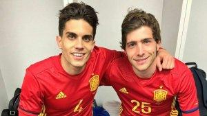 Marc Bartra i Sergi Roberto, en una imatge d'arxiu amb la samarreta de la selecció espanyola.