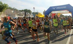 Moment de la sortida dels corredors de la 40a Cursa Popular de l'Espluga de Francolí